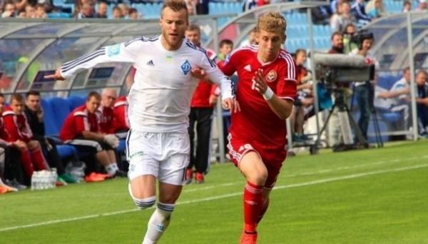 Александр Каплиенко (справа)