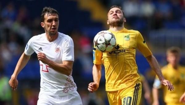 Вячеслав Шарпар (слева), фото: Football.ua