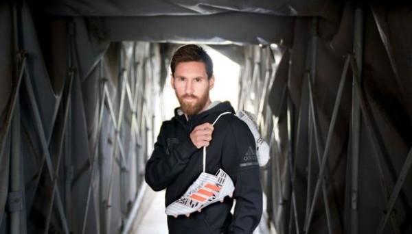 Месси похвастался именными бутсами от Adidas (ФОТО)