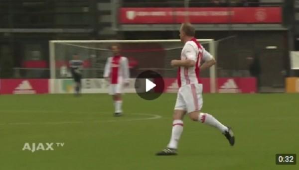 Бергкамп не разучился забивать голы