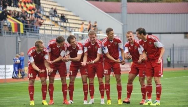 У 16-и игроков запорожского Металлурга закончились контракты