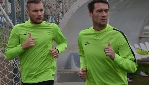 Константин Кравченко (справа)