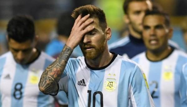Месси сконфузился в матче Аргентина – Перу, выполнив худший удар в карьере