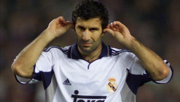 Пике ответил Мадриду жестом Фигу