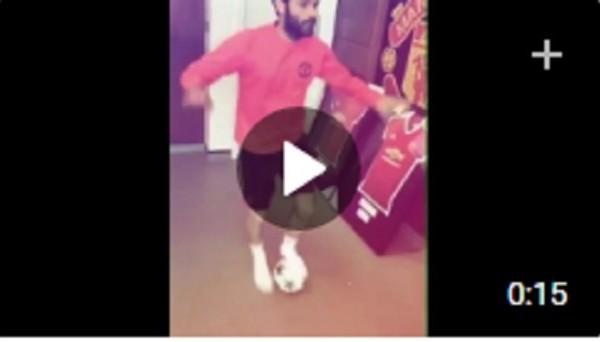 Хуан Мата танцует с мячом