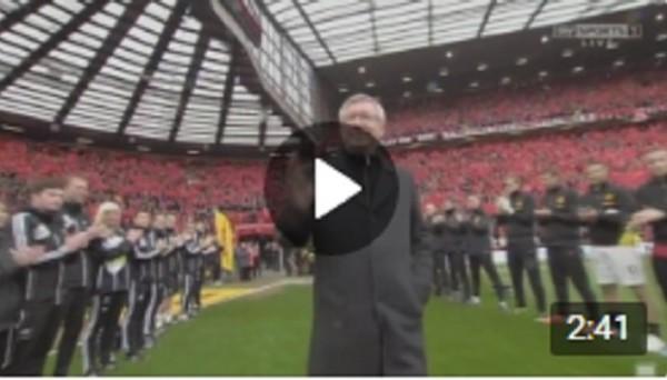 В этот день в 2013-м году Сэр Алекс Фергюсон в последний раз вывел МЮ на Олд Траффорд в качестве тренера