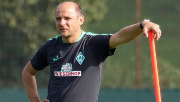 Главный тренер Вердера - украинец Виктор Скрипник, фото www.kicker.de