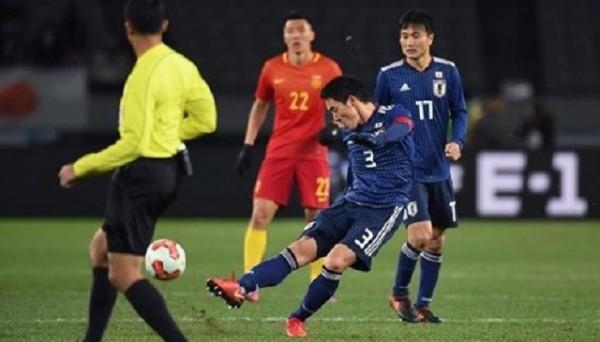 Супер гол капитана сборной Японии с центра поля (ВИДЕО)