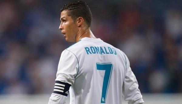 Роналду обвинил двух своих партнеров в том, что те игнорируют его на футбольном поле